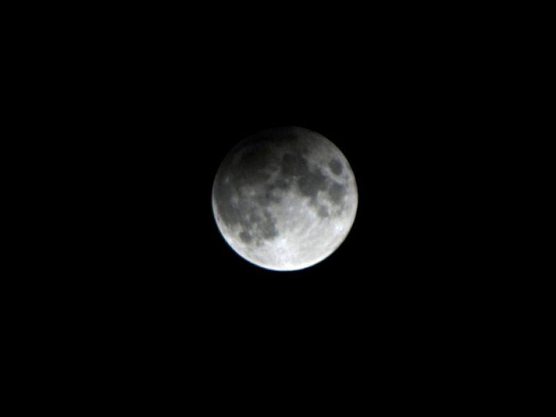 Die partielle Mondfinsternis vom 10.02.2017